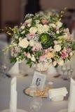 Numerierungstabellen an der Hochzeit Lizenzfreie Stockbilder