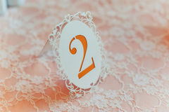 Numerierungstabellen an der Hochzeit Stockbilder