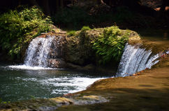 Numeriska Tok Chet Sao Noi Waterfall i Saraburi Thailand Arkivbild