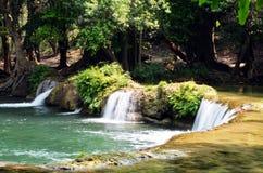 Numeriska Tok Chet Sao Noi Waterfall i Saraburi Thailand Arkivfoton