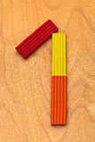 Nummer één van de rode, gele, oranje plasticine Royalty-vrije Stock Foto's