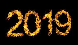 Nummer 2019 geschreven die door vlammen van brand op zwarte achtergrond wordt geïsoleerd Stock Fotografie