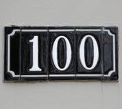 Nummer 100 gjorde med polerade tegelplattor Royaltyfri Foto