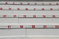 nummer på trappan i stadion som indikerar platsen under Fotografering för Bildbyråer