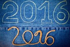 Nummer 2016 van kabel en krijtcontour op de achtergrond van Royalty-vrije Stock Foto's