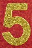 Nummerieren Sie goldene silberne Farbe über einem roten Hintergrund jahrestag Stockbilder