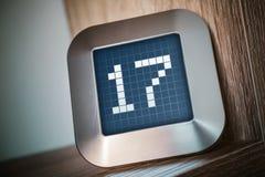 Numret 17 på en Digital kalender, termostat eller tidmätare Arkivbilder