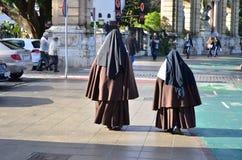 nunnor arkivfoton