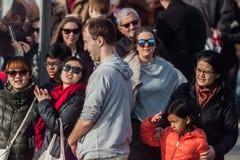 NUOTATA 2015, BARCELLONA, porto Vell del PORTO di GIORNO DI NATALE - 25 dicembre: pubblico guardato per la corsa Immagine Stock