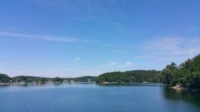 Nuotata di campeggio dello stivale del fiume See Immagini Stock