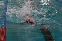 Nuotatore dentro Fotografia Stock Libera da Diritti