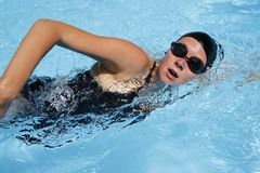 Nuotatore femminile Fotografia Stock Libera da Diritti