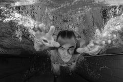 Nuotatore maschio Fotografie Stock