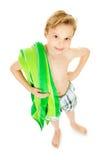 Nuotatore: Ragazzo con l'asciugamano pronto a nuotare fotografia stock