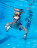 Nuoto del ragazzo subacqueo Immagine Stock Libera da Diritti