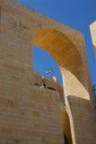 Nuova architettura nella vecchia città Fotografie Stock Libere da Diritti