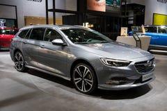 Nuova automobile dello station wagon delle insegne di Opel Fotografia Stock