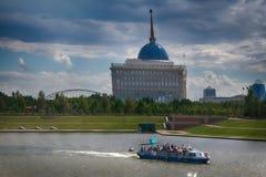 Nuova capitale della città Astana del Kazakistan immagini stock