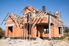 Nuova casa in costruzione Immagine Stock Libera da Diritti