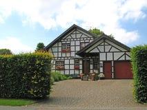 Nuova casa half-timbered Fotografie Stock Libere da Diritti