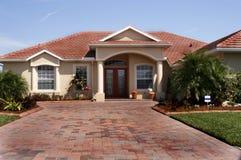 Nuova casa in tropici Fotografie Stock