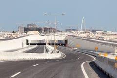 Nuova costruzione in Doha, Qatar della strada principale Immagine Stock