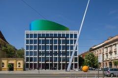 Nuova costruzione moderna dell'accademia di musica a Zagabria fotografia stock libera da diritti