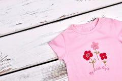 Nuova maglietta del fumetto della neonata Fotografia Stock