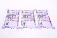 Nuova nota indiana di valuta cento rupie fotografie stock