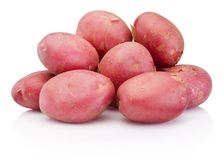 Nuova patata rossa isolata su fondo bianco Immagini Stock
