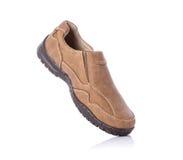 Nuova scarpa marrone degli uomini Colpo dello studio isolato su bianco Fotografie Stock Libere da Diritti