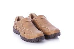 Nuova scarpa marrone degli uomini Colpo dello studio isolato su bianco Fotografia Stock