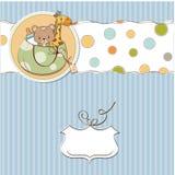 Nuova scheda di annuncio del bambino con il sacchetto e gli stessi giocattoli Fotografie Stock