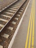 Nuova stazione del binario ferroviario Fotografia Stock Libera da Diritti
