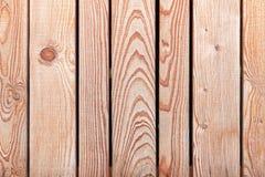 Nuova struttura di legno non colorata del recinto Fotografie Stock