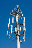 Nuova torretta cellulare della trasmissione Immagini Stock Libere da Diritti