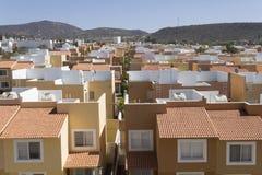 Nuova urbanizzazione in una città di crescita Fotografia Stock Libera da Diritti