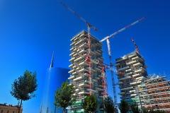 Nuova zona del grattacielo di Milano in costruzione Fotografie Stock