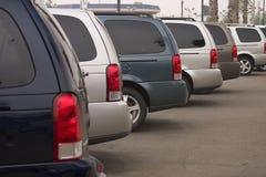 Nuove automobili da vendere Fotografie Stock