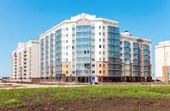 Nuove costruzioni di appartamento alte in costruzione al Residenti Fotografia Stock Libera da Diritti