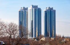 Nuove costruzioni di appartamento moderne alte Fotografia Stock