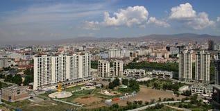 Nuove costruzioni nella capitale Ulaanbaatar, Immagine Stock