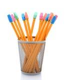 Nuove matite in tazza della matita Fotografie Stock