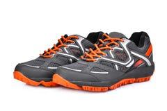 Nuove scarpe unbranded di sport isolate su bianco immagini stock libere da diritti