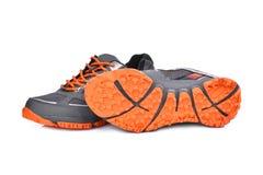 Nuove scarpe unbranded di sport isolate su bianco fotografia stock libera da diritti