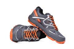 Nuove scarpe unbranded di sport isolate su bianco fotografie stock