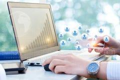 Nuove tecnologie in lavorazione i processi aziendali Fotografie Stock