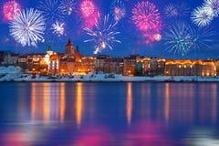 Nuovi anni di esposizione del fuoco d'artificio in Grudziadz Fotografia Stock Libera da Diritti