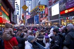 Nuovi anni di EVE di Times Square della folla Fotografie Stock Libere da Diritti