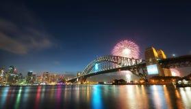 Nuovi anni di fuochi d'artificio, Australia Immagine Stock Libera da Diritti